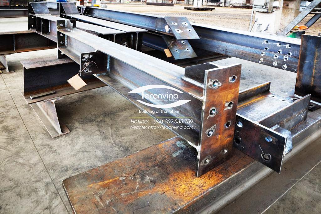 Sản xuất kết cấu thép thang thoát hiểm nhà cao tầng tại xưởng TECONVINA